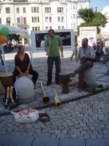 Rytmy Země Festival v ulicích